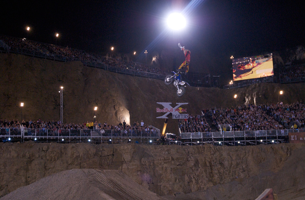 x-fighters4