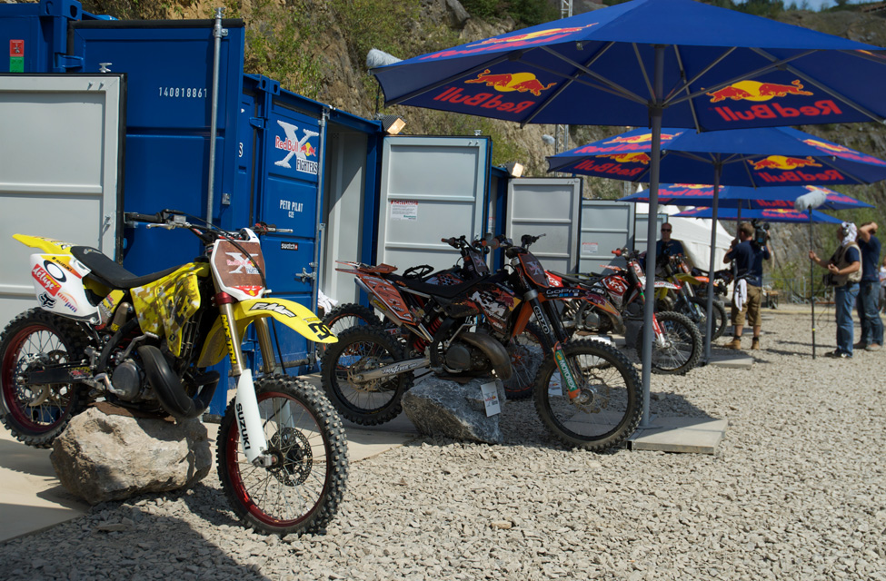 x-fighters5